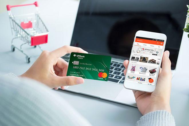 Thẻ tín dụng là gì? Trả góp qua thẻ tín dụng ra sao?2